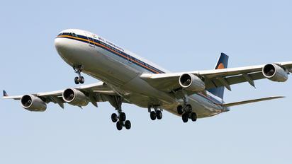 VT-JWB - Jet Airways Airbus A340-300