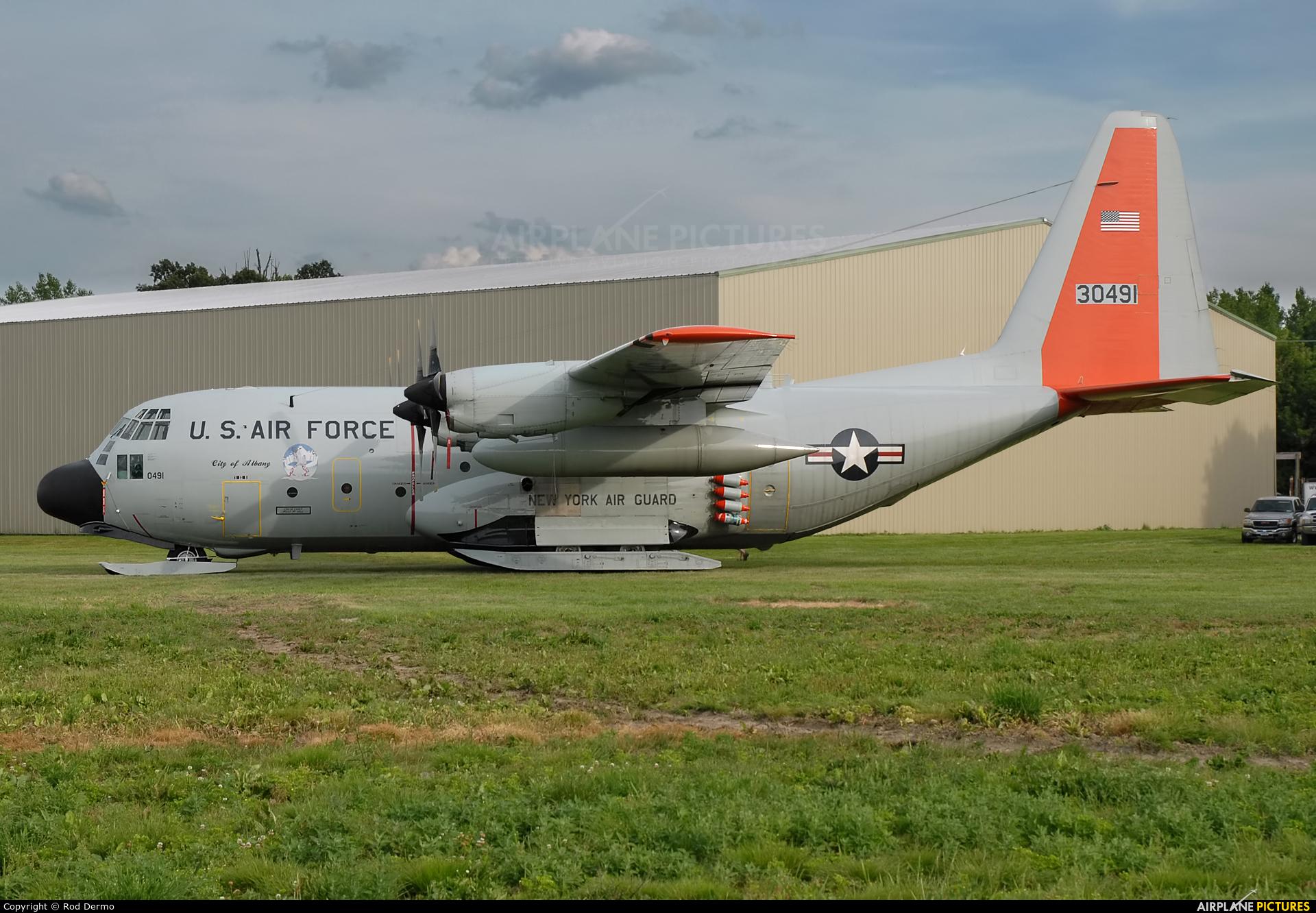 USA - Air Force 83-0491 aircraft at Geneseo
