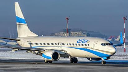 SP-ESH - Enter Air Boeing 737-800