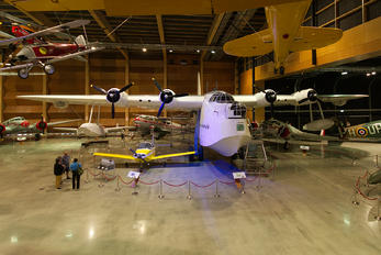 NZ4115 - New Zealand - Air Force Short S.25 Sunderland 5