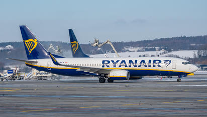 SP-RKW - Ryanair Sun Boeing 737-8AS