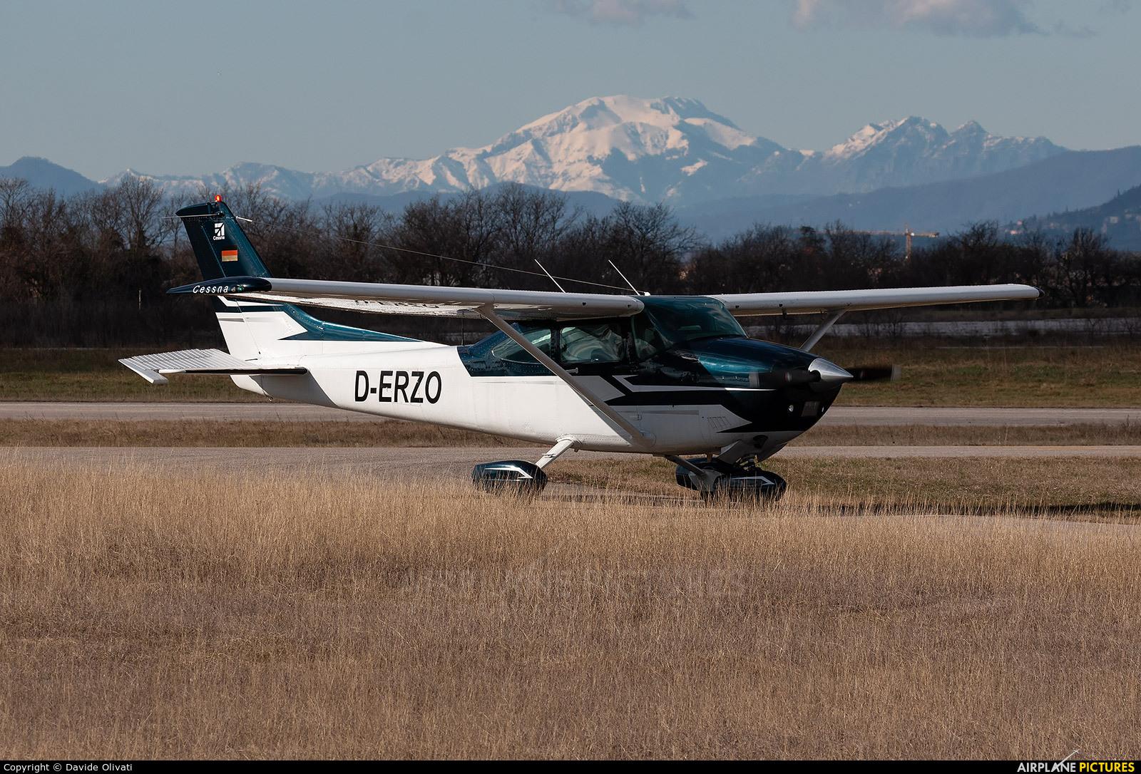 Private D-ERZO aircraft at Verona - Boscomantico