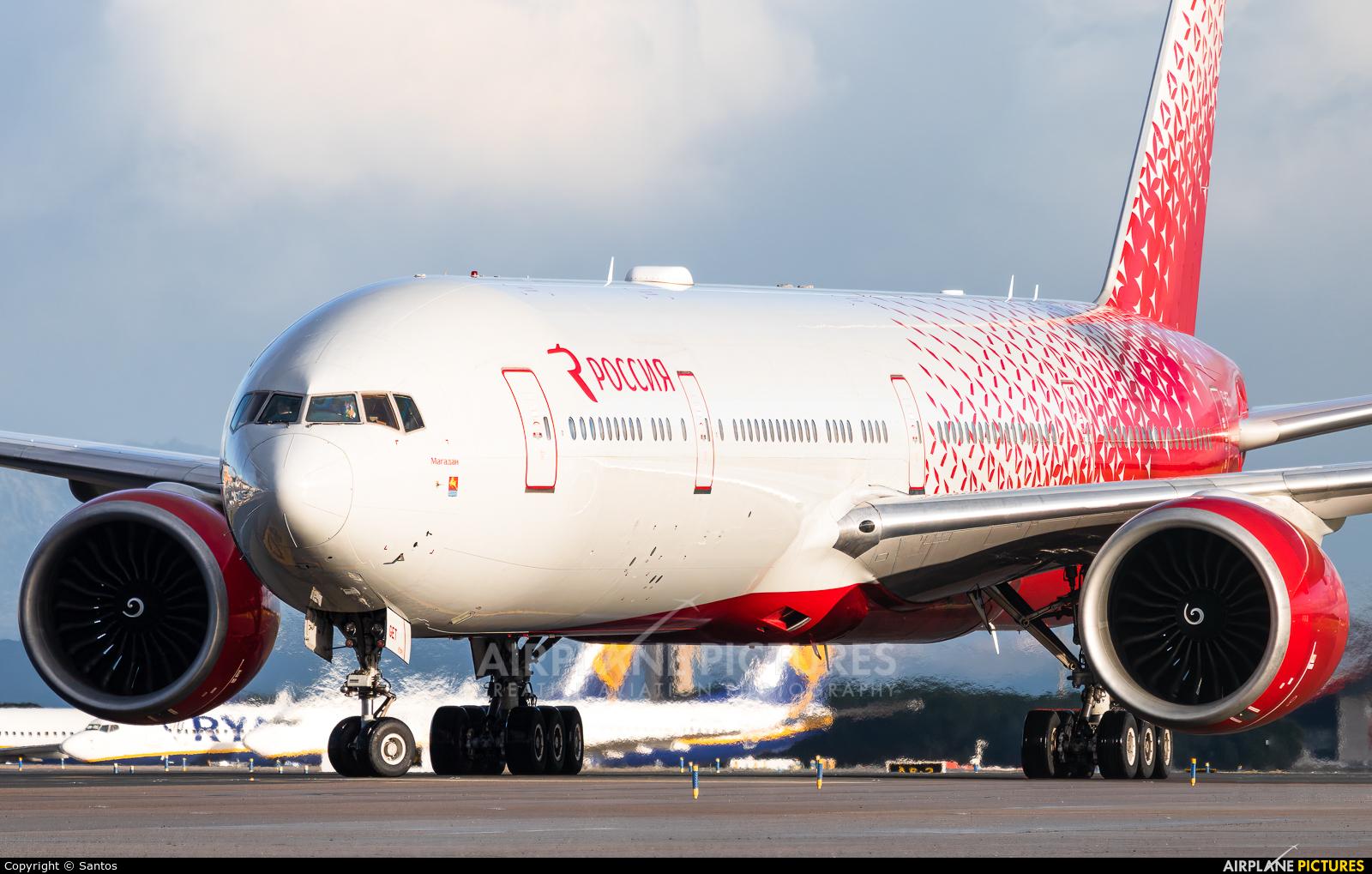 Rossiya EI-GET aircraft at Madrid - Barajas