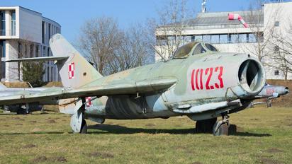 1023 - Poland - Air Force PZL Lim-5