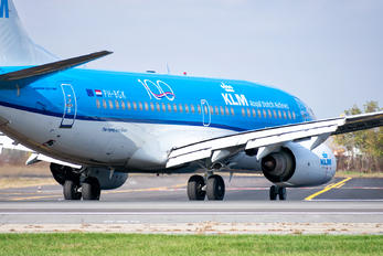 PH-BGK - KLM Boeing 737-700