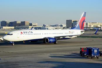 N804DN - Delta Air Lines Boeing 737-900ER