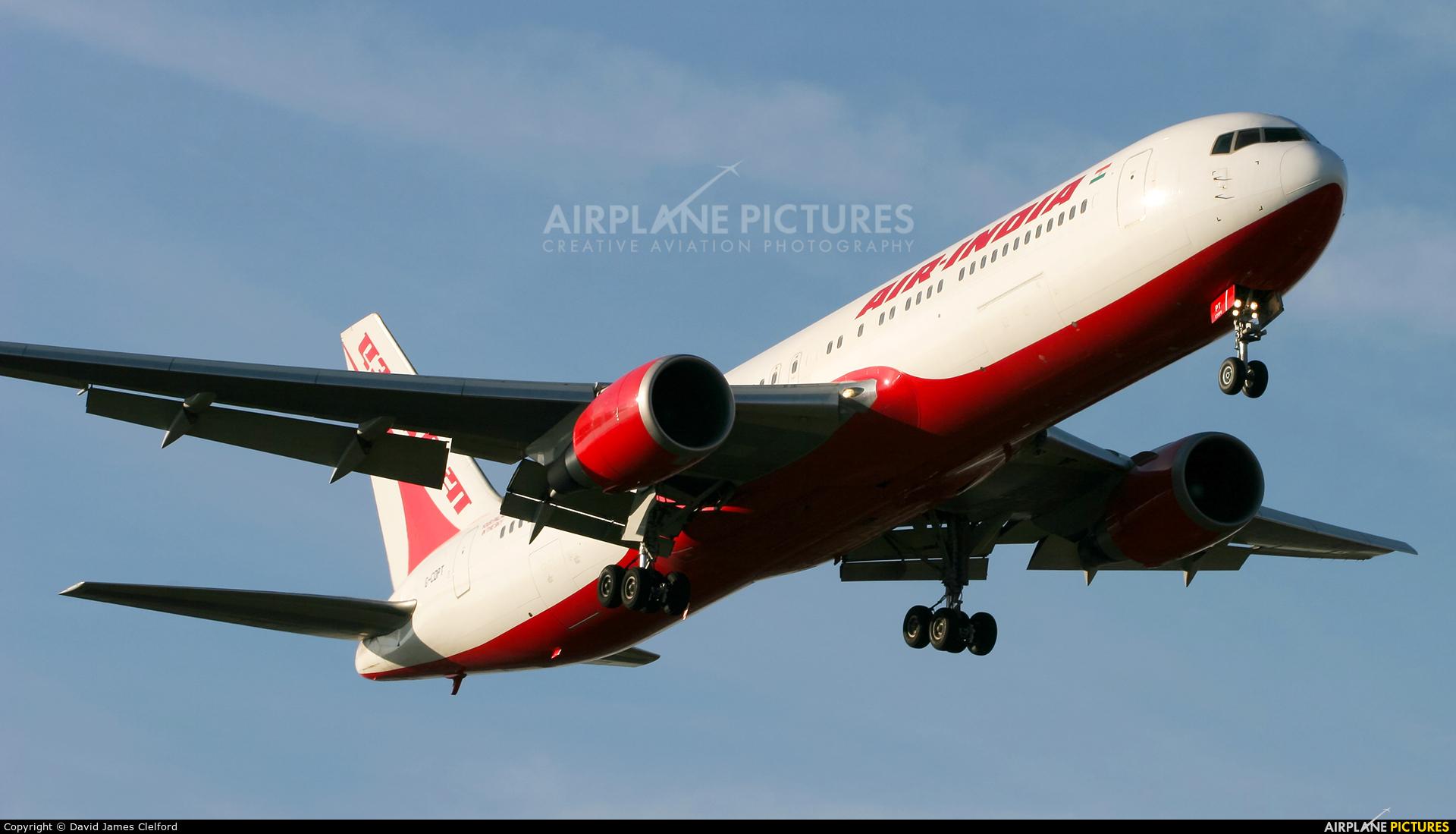 Air India G-CDPT aircraft at London - Heathrow