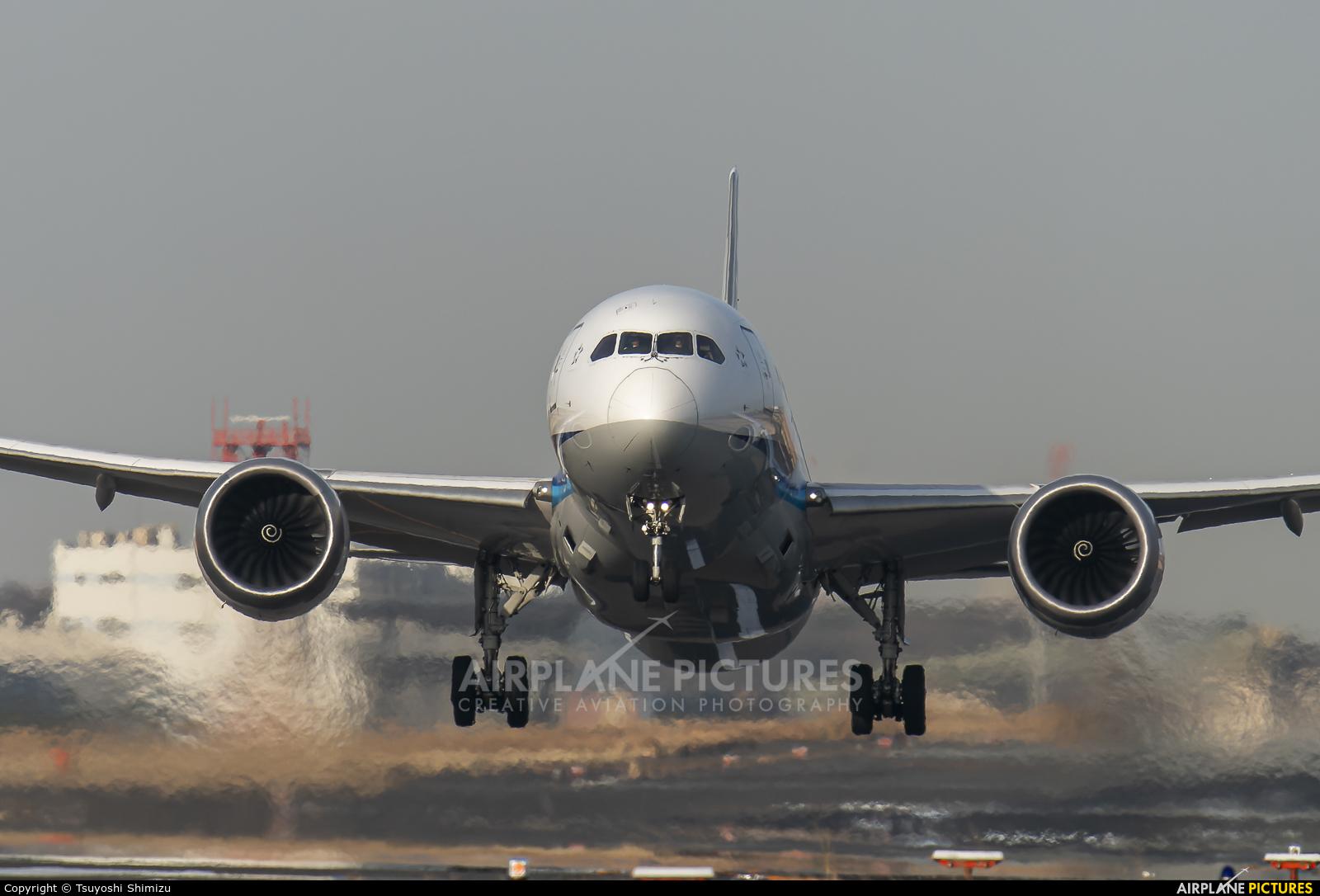 ANA - All Nippon Airways JA803A aircraft at Tokyo - Haneda Intl