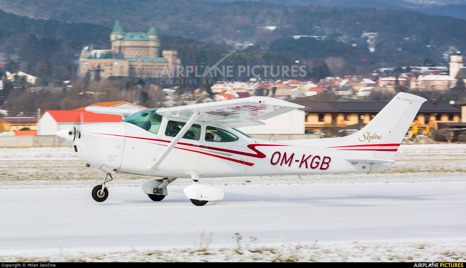 Private OM-KGB aircraft at Prievidza