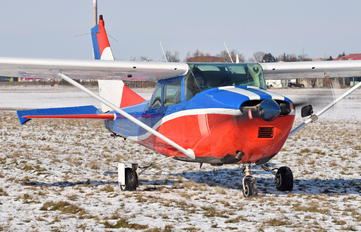 HA-OTB - Private Cessna 182 Skylane (all models except RG)