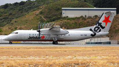 VH-TQD - Jetstar Airways de Havilland Canada DHC-8-300Q Dash 8