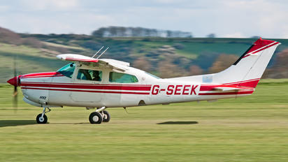 G-SEEK - Private Cessna 210 Centurion