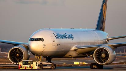 D-ALFD - Lufthansa Cargo Boeing B777-FBT