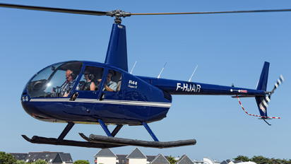 F-HJAR - Private Robinson R44 Clipper