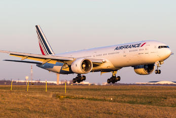 F-GSQV - Air France Boeing 777-300ER