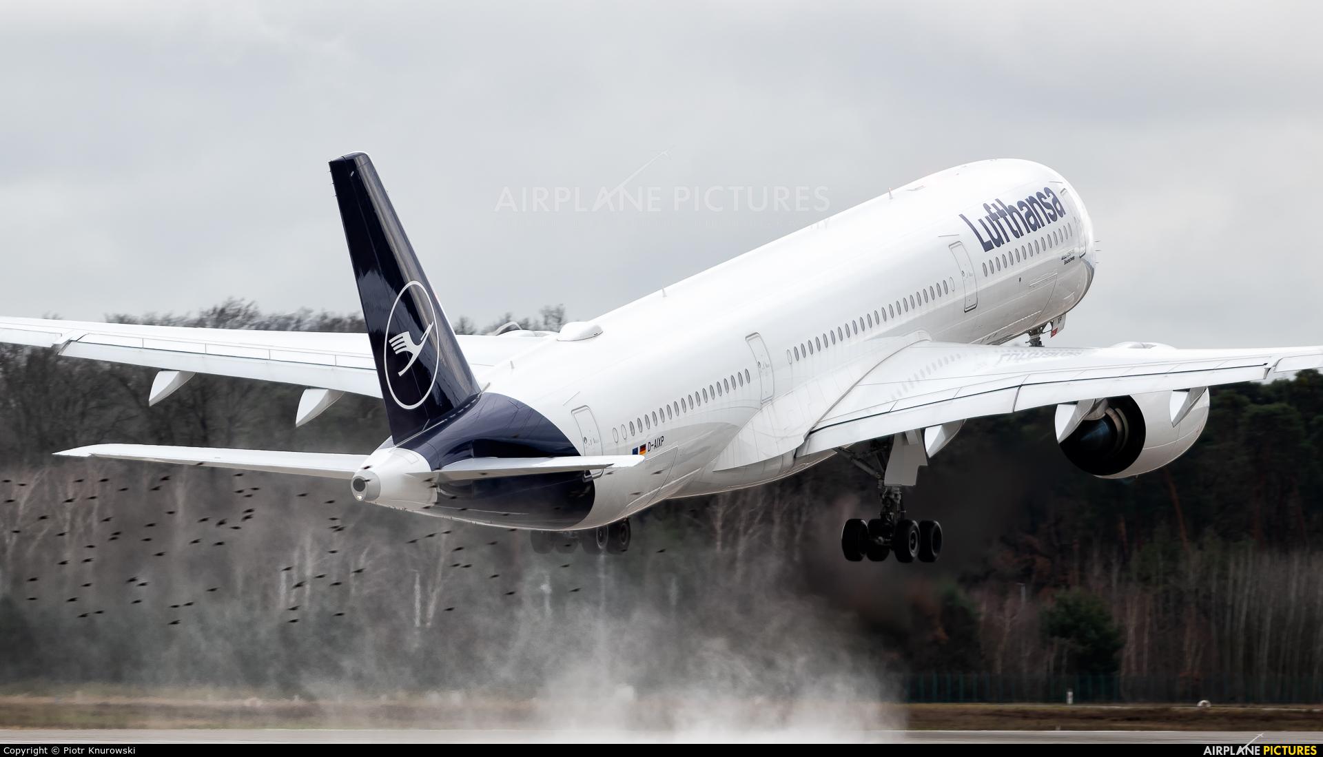 Lufthansa D-AIXP aircraft at Frankfurt