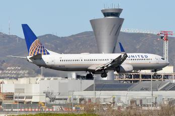 N69810 - United Airlines Boeing 737-900ER