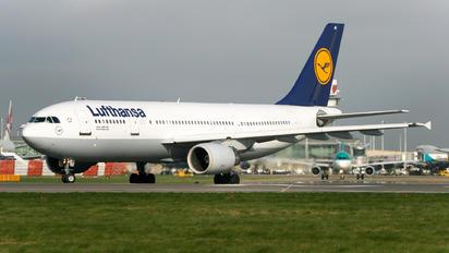 D-AIAI - Lufthansa Airbus A300