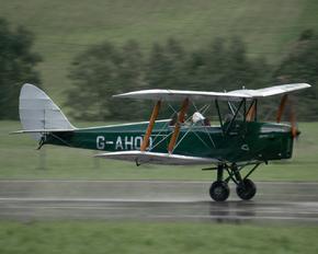 G-AHOO - Private de Havilland DH. 82 Tiger Moth