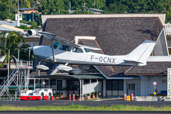 F-OCNX -  Cessna 172 Skyhawk (all models except RG)