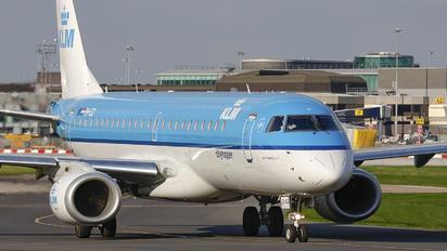 PH-EZI - KLM Cityhopper Embraer ERJ-190 (190-100)