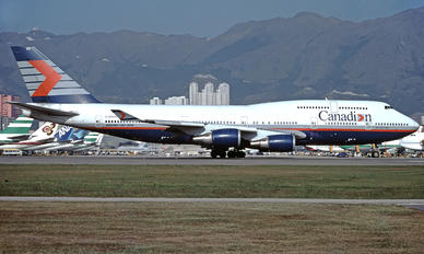 C-GMWW - Canadian Airlines International Boeing 747-400