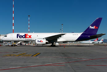 N917FD - FedEx Federal Express Boeing 757-200F