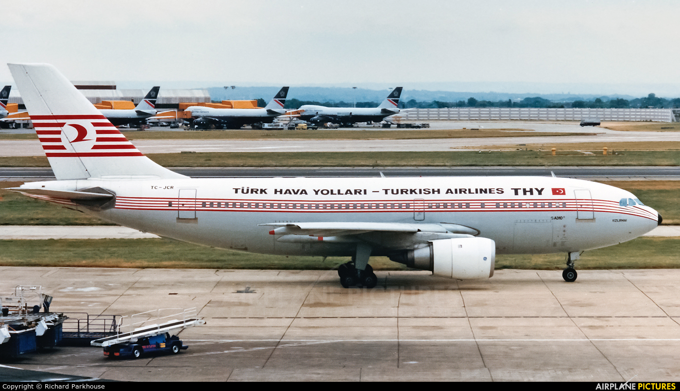 Turkish Airlines TC-JCR aircraft at London - Heathrow