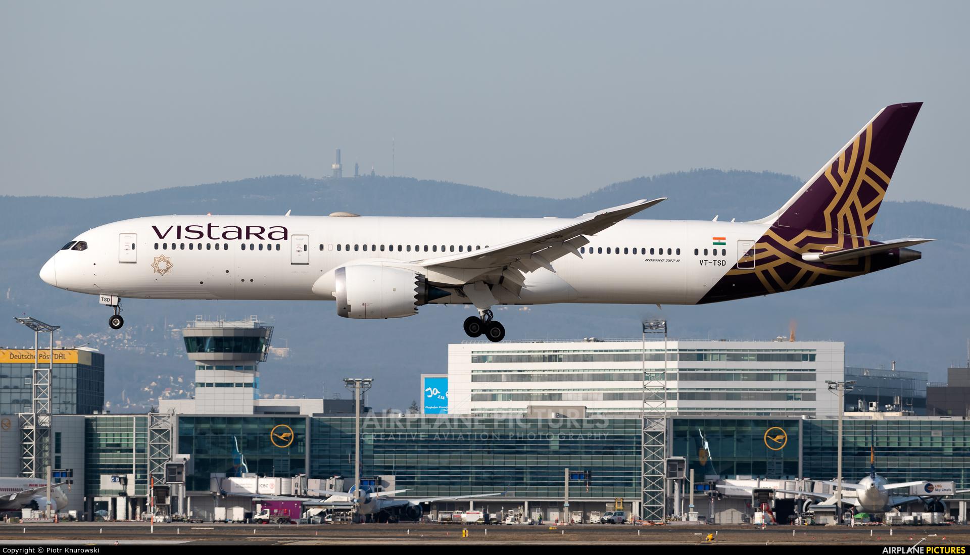 Vistara VT-TSD aircraft at Frankfurt