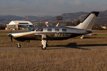 N4432K - Private Piper PA-46 Malibu / Mirage / Matrix