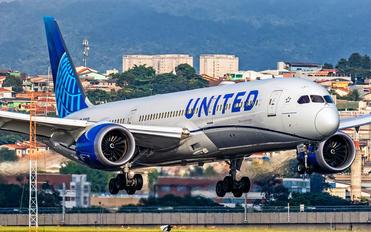 N29978 - United Airlines Boeing 787-9 Dreamliner