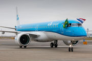 First KLM E2 arrival to Schiphol title=