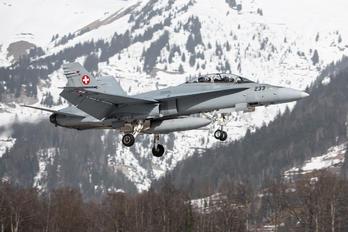 J-5233 - Switzerland - Air Force McDonnell Douglas F/A-18D Hornet