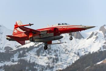J-3081 - Switzerland - Air Force: Patrouille Suisse Northrop F-5E Tiger II