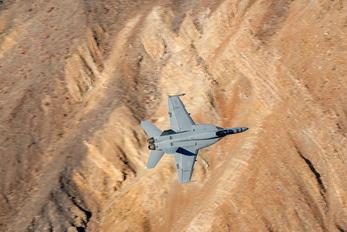 VFA136-303 - USA - Navy McDonnell Douglas F/A-18A Hornet