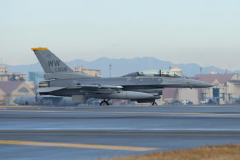 90-0838 - USA - Air Force General Dynamics F-16D Fighting Falcon