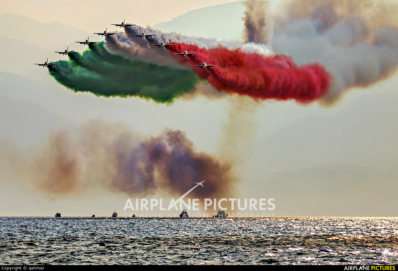 """Italy - Air Force """"Frecce Tricolori"""" - aircraft at Reggio di Calabria"""