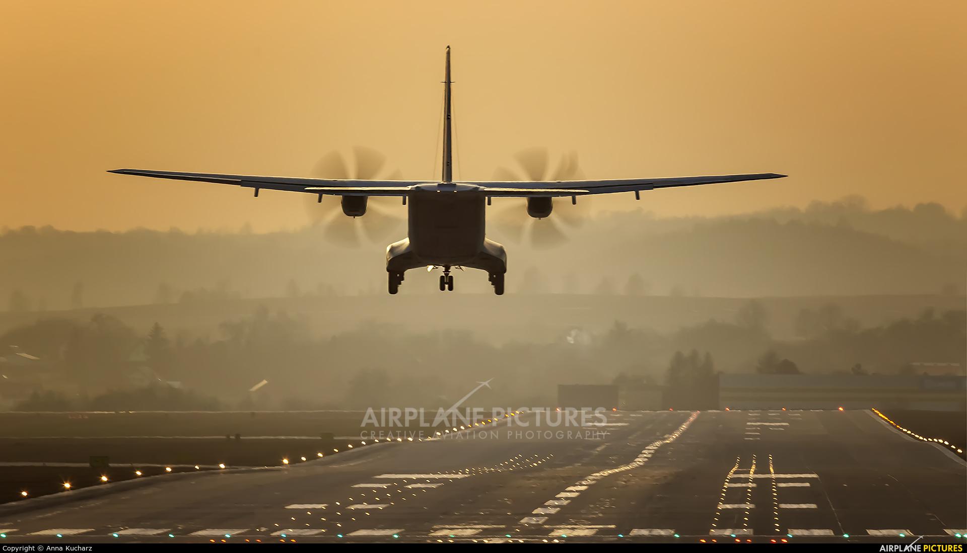 Poland - Air Force 017 aircraft at Kraków - John Paul II Intl