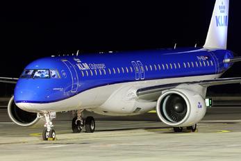 PH-NXA - KLM Cityhopper Embraer ERJ-195-E2