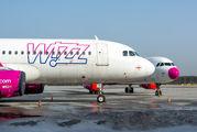 HA-LWJ - Wizz Air Airbus A320 aircraft