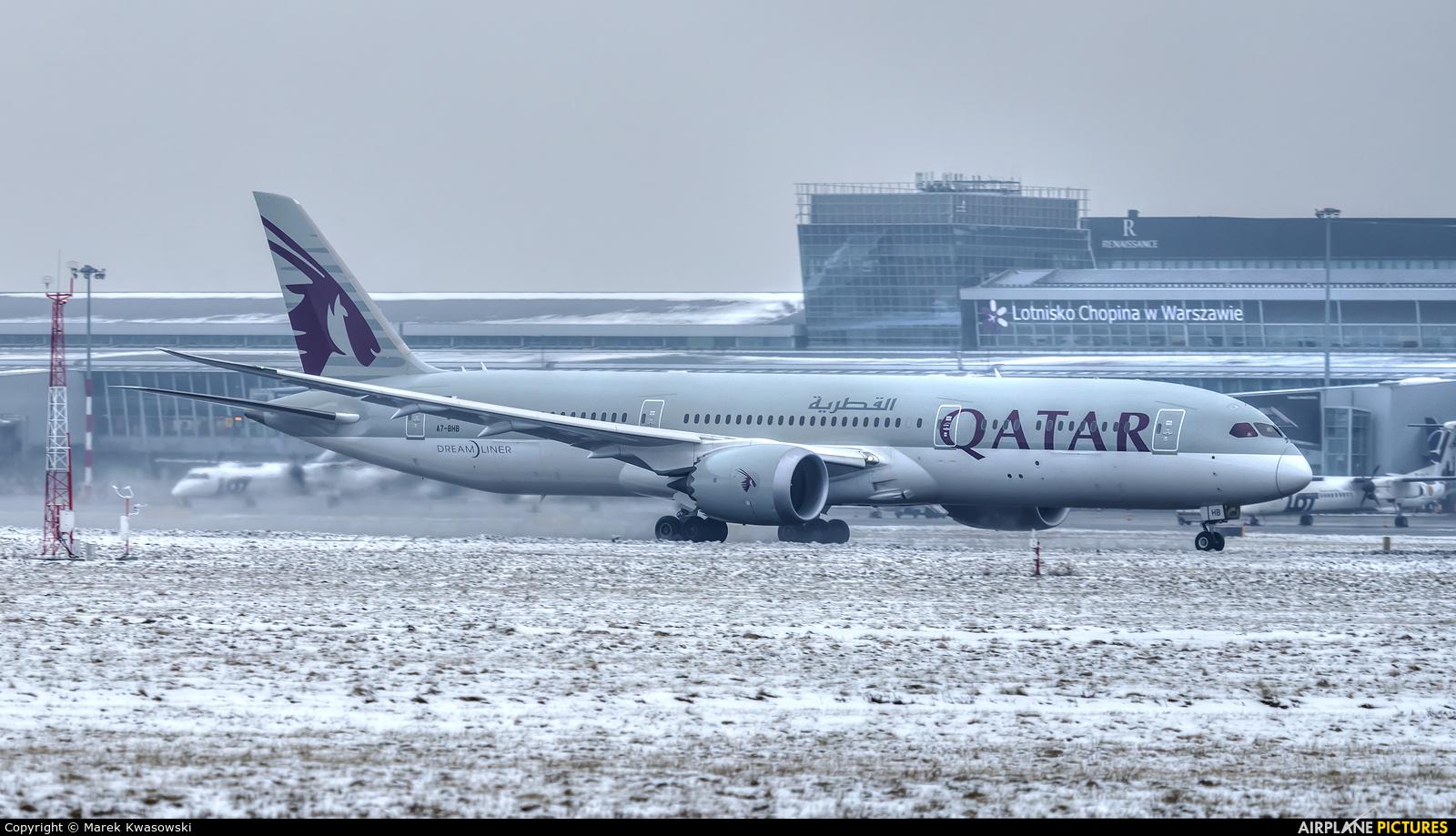 Qatar Airways A7-BHB aircraft at Warsaw - Frederic Chopin