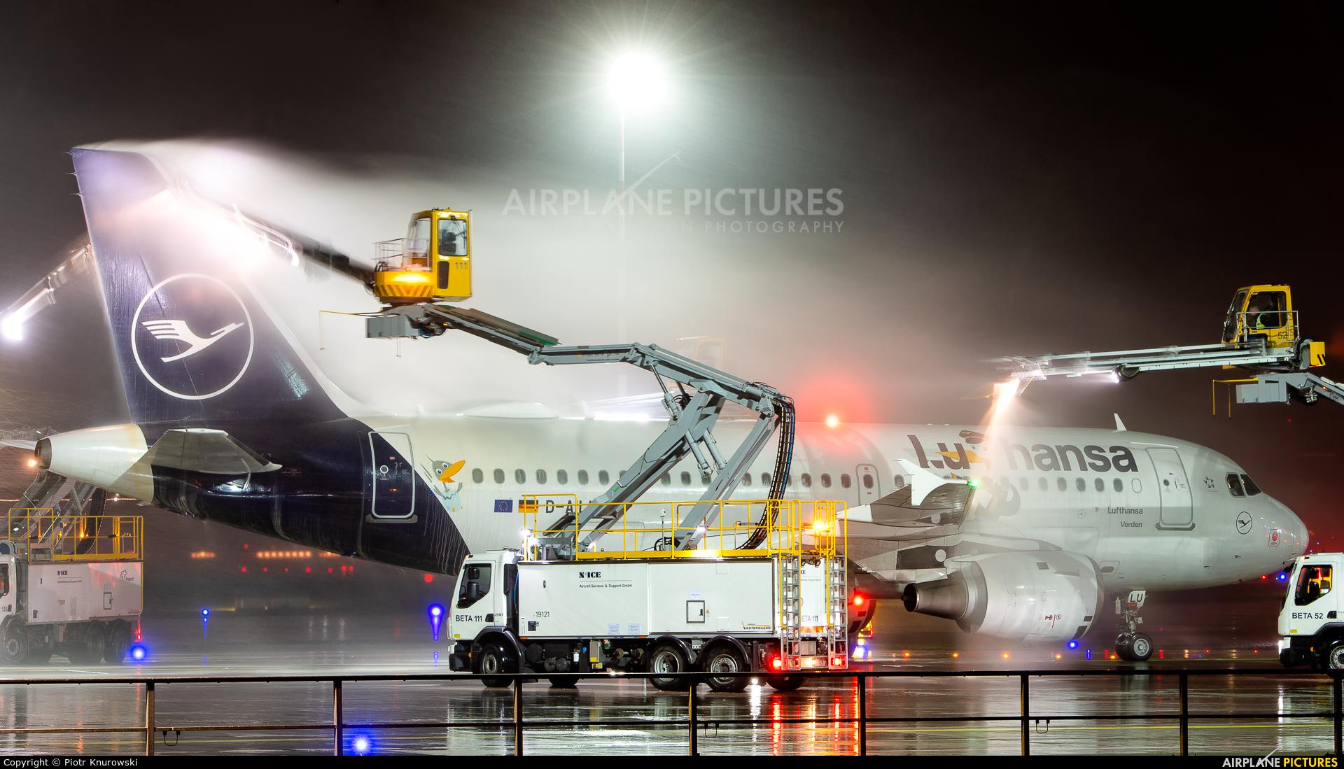 Lufthansa D-AILU aircraft at Frankfurt