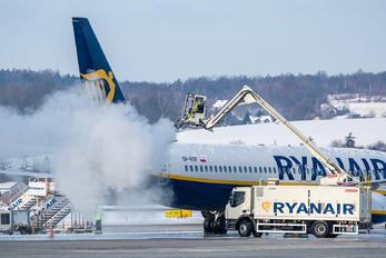 SP-RSF - Ryanair Boeing 737-800