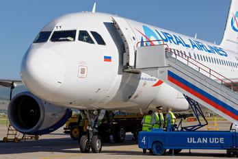 VQ-BTY - Ural Airlines Airbus A319