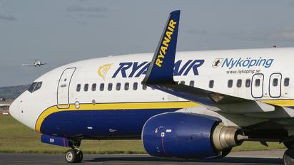 EI-CSV - Ryanair Boeing 737-800