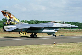 FA-122 - Belgium - Air Force General Dynamics F-16AM Fighting Falcon