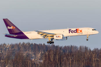 N916FD - FedEx Federal Express Boeing 757-200F