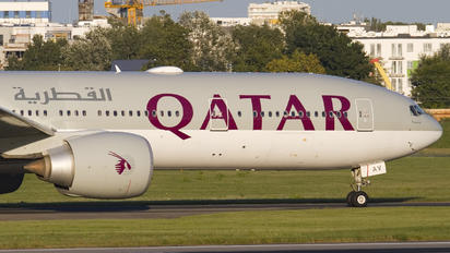 A7-BAV - Qatar Airways Boeing 777-300ER