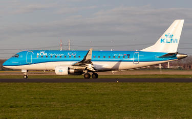 PH-EXL - KLM Cityhopper Embraer ERJ-175 (170-200)