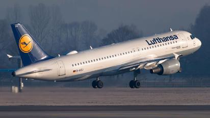 D-AIZJ - Lufthansa Airbus A320